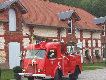 CAMION INTERVENTION POMPIER VINTAGE ANCIEN