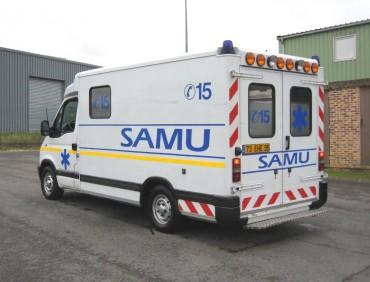 LOCATION CAMION RENAULT MASTER SAMU