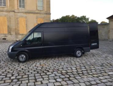 Location véhicule cinéma publicité Ford Transit