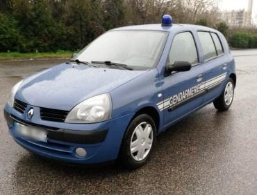 Clio Gendarmerie cine automobiles
