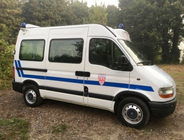 POLICE-RENAULT-MASTER-BV092AQ-CRS-IMG-8605
