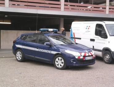 Renault_Mégane_III_Wagon_Gendarmerie_Nationale_2011